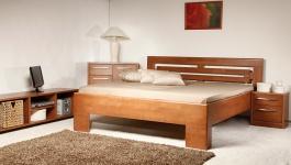 Masívna posteľ s úložným priestorom Vareze 2